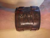 Armband i skinn