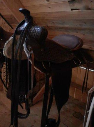 Western sadel. brun